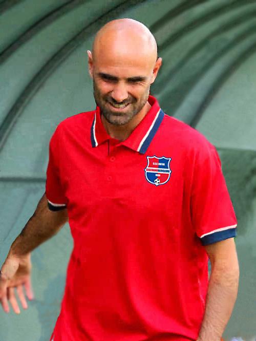 Giacomo Curioni è l'allenatore della Virtus CiseranoBergamo