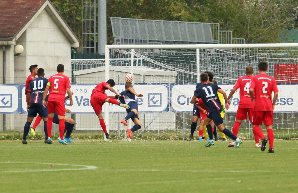 PHOTO E VIDEOGALLERY- Prima sconfitta stagionale per la Virtus CiseranoBergamo. A Sondrio decide De Respinis (1-0)