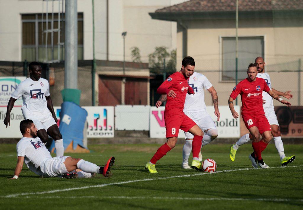 VIDEO- Non basta il primo gol di Esposito: a Ciserano passa un forte Sporting Franciacorta (4-1)