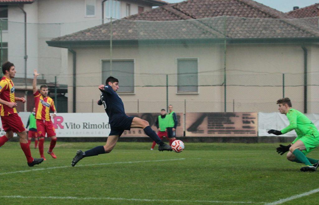 VIDEO E PHOTOGALLERY- Primo successo casalingo e tre punti d'oro contro lo Scanzo: a segno Pellegrini e Nessi