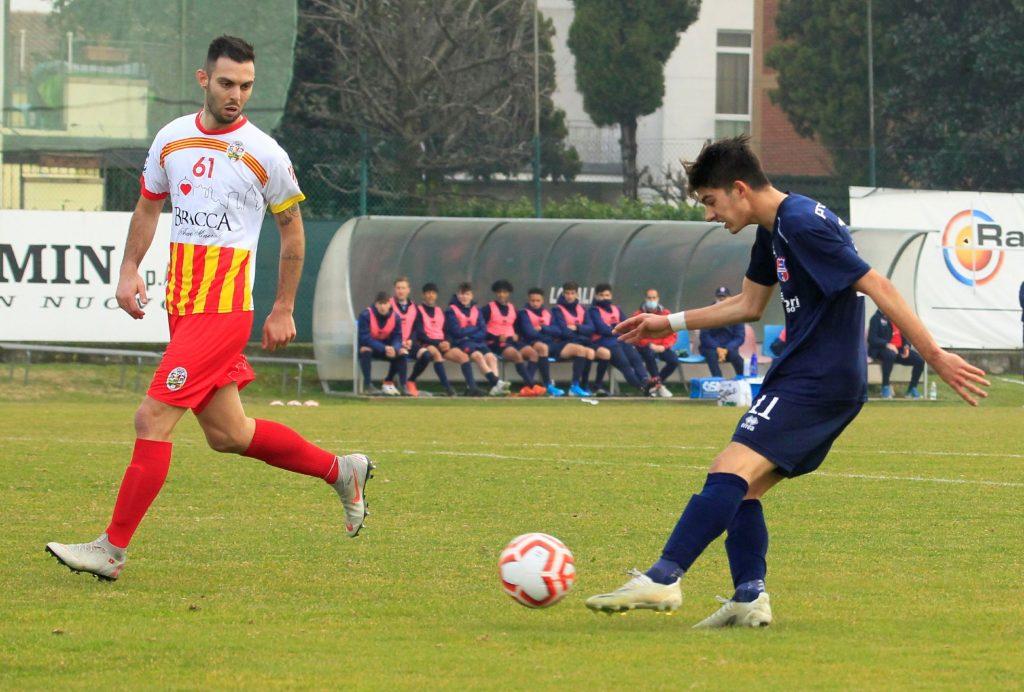 Segui il live del match tra Seregno e Virtus Ciserano Bergamo (finale 1-3): terzo gol di capitan Muchetti