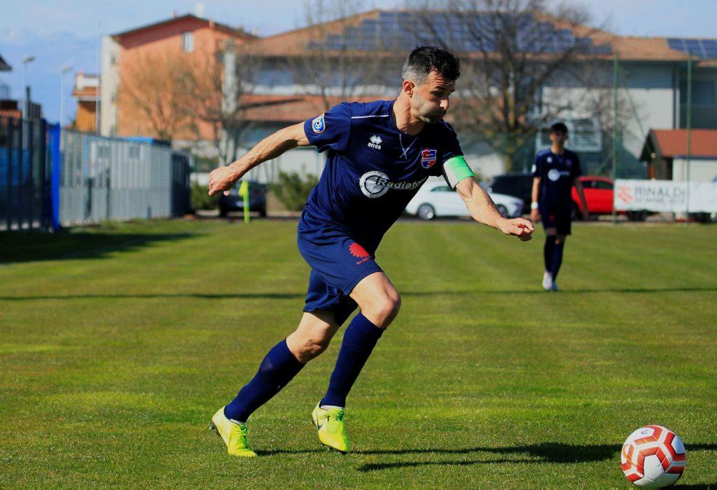 Segui il live del match tra Sporting Franciacorta e Virtus Ciserano Bergamo (finale 2-2): beffa finale con il pari al 94′