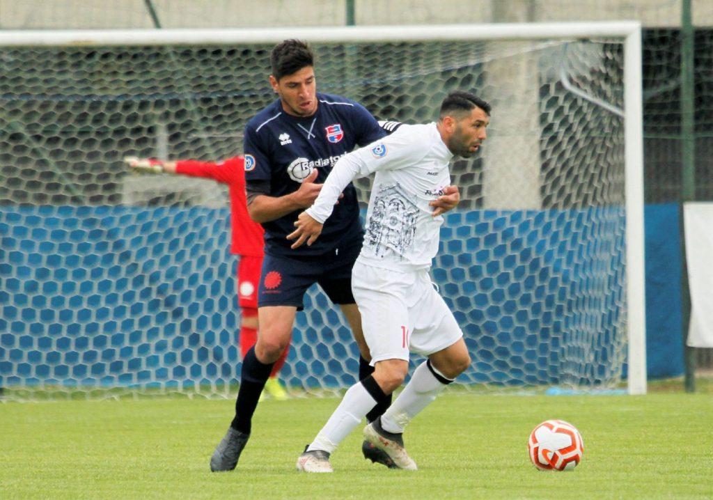 L'attaccante Emanuele Bardelloni primo acquisto per la Virtus Ciserano Bergamo 2021-2022